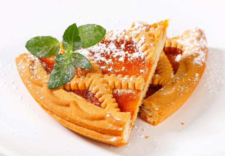 Lattice topped apricot tart