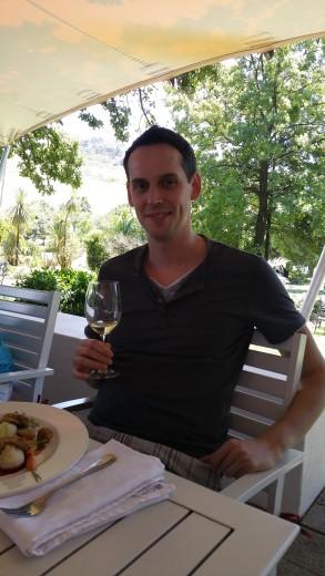 20150203_132035_Happy Daniel Chardonnay und Main Course