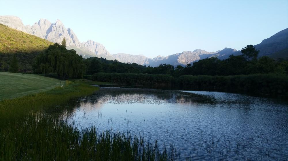 20150203_184132_Teich und Blick Richtung Naturschutzgebiet